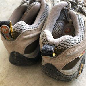 Ladies Merrell Cross Trainer Shoes